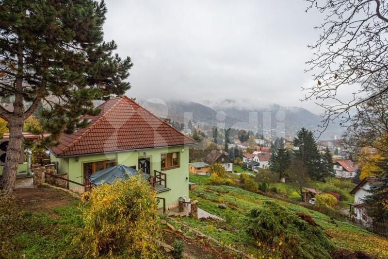 Prodej rodinného domu 176m2, pozemek 1600 m2 Ústí