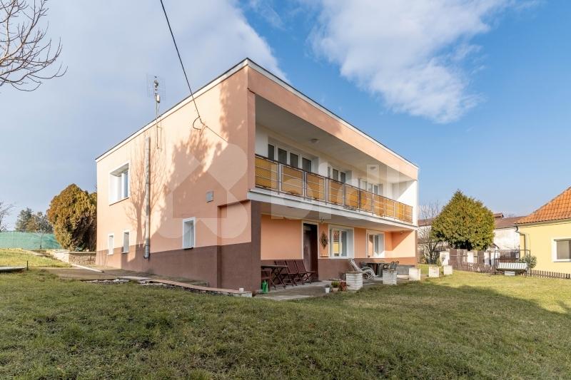Prodej domu 250m2 pozemek 1621m2, ul. Mostecká -