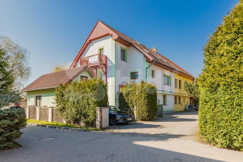 Prodej rodinného domu 300m2 pozemek 90m2