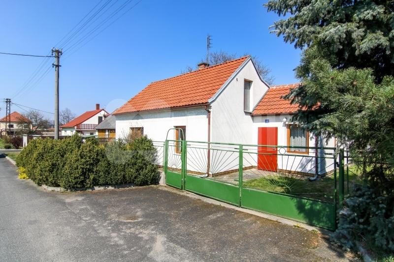 Prodej, rodinný dům, 4+kk, 581 m2, Chodouny