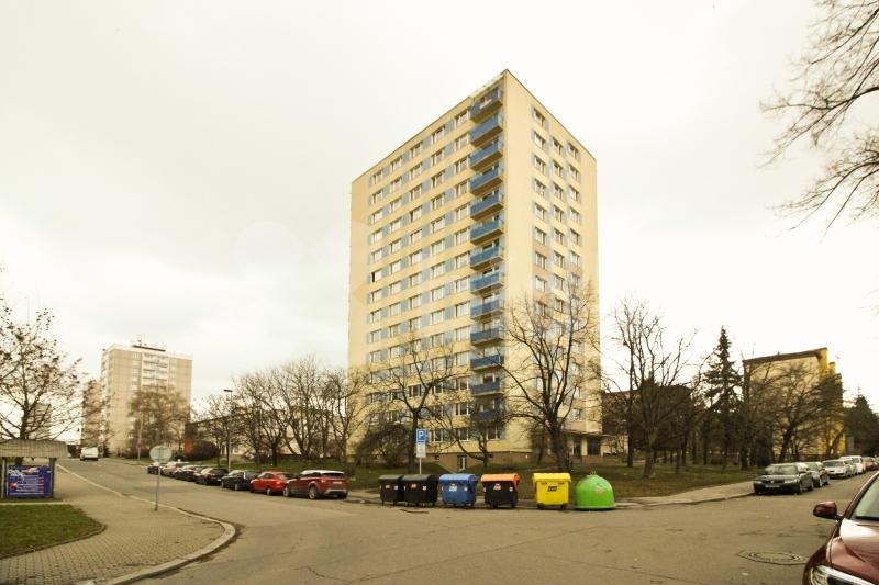 Prodej bytu 3+1 76 m2, Praha 10 - Malešice, ul.