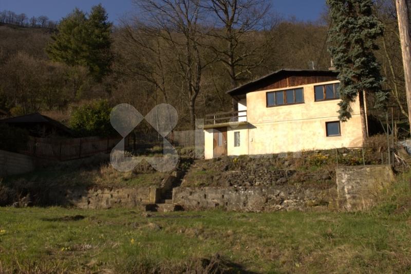 Prodej domu 95m2, pozemek 820 m2 Ústí nad Labem - Brná
