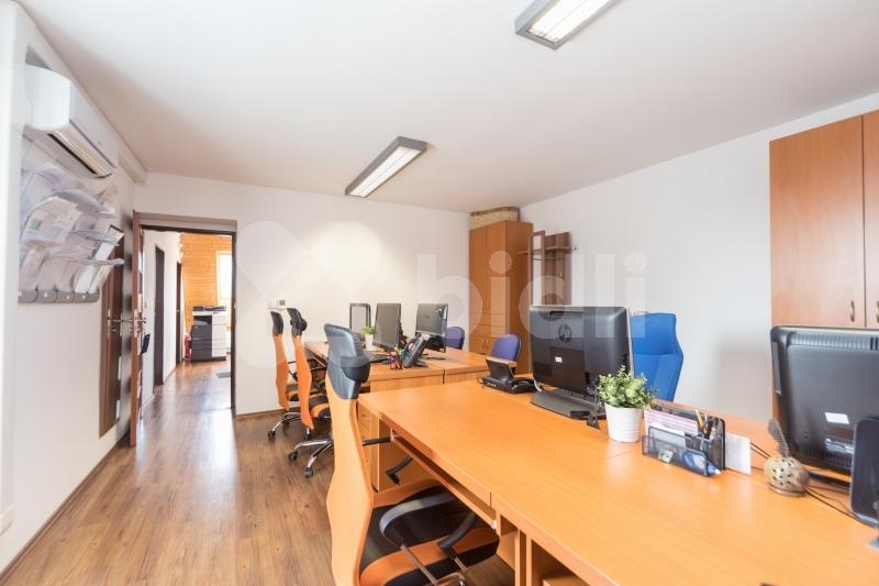 Prodej rodinného domu 345 m2
