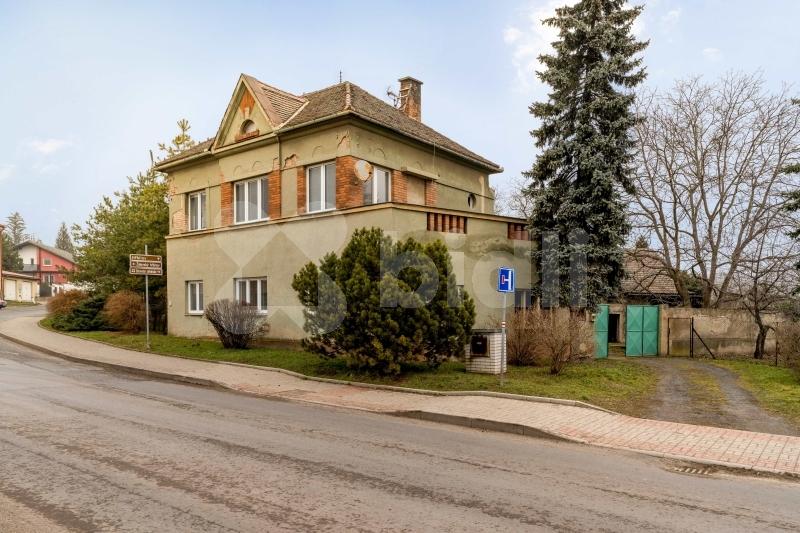Prodej, dům 668 m2, pozemek 4606 m2, Libochovice