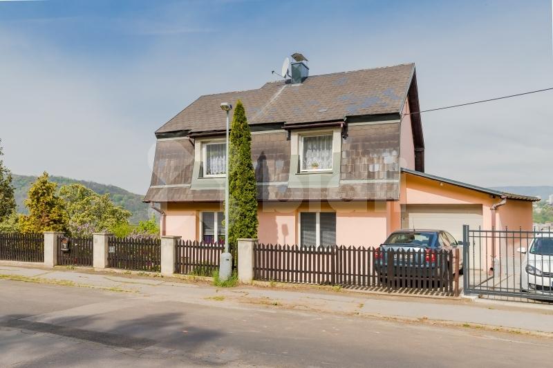 Prodej rodinného domu 160m2, pozemek 2050m2, ulice Jeseninova, Ústí nad Labem- Střekov