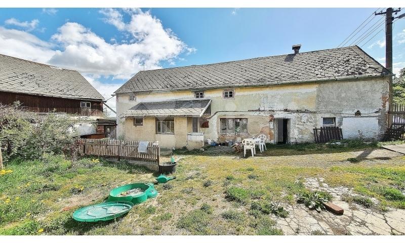 Prodej rodinného domu 160m2, pozemek 2423m2