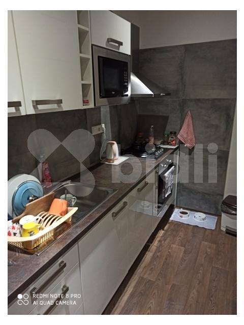 Prodám byt po zdařilé rekonstrukci, zděné jádro, zvlášť WC, koupelna, moderní kuchyně se