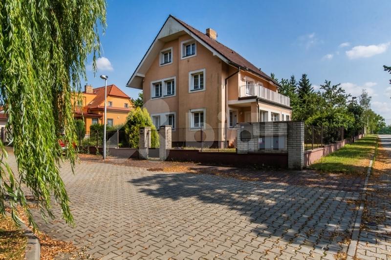 Vila, větší RD na prodej, Praha 9 (Běchovice)