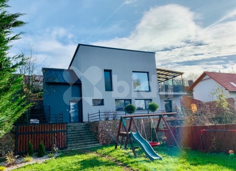 K prodeji rodinný dům 4kk ( 5kk), už. pl. 155 m2,