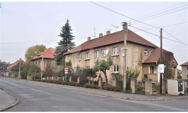 Prodej  bytu 3+1, 71m2, garáž, zahrada, sklep