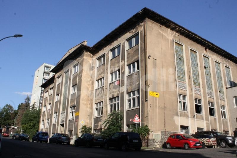 Prodej komerční nemovitosti 2194 m2; Střekov,