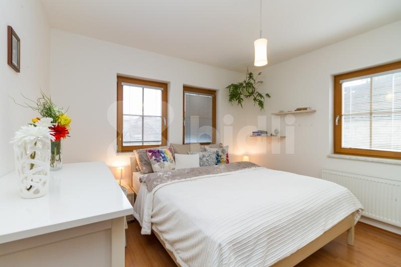 Prodej rodinného domu 136 m2, 7 + kk s bazénem, pozemek 531 m2