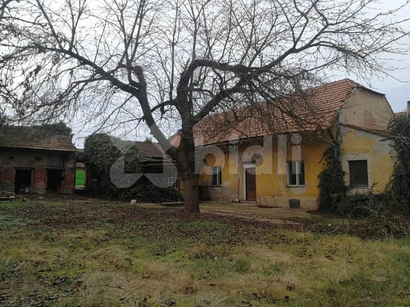 Prodej rodinného domu 215 m2, pozemek 949 m2, Velvary - Ješín, okres Kladno