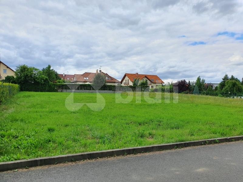 Prodej stavebního pozemku v Praze Křeslicích