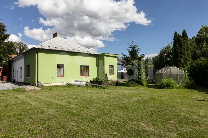 Rodinný dům řadový na prodej, Praha 9 (Letňany)