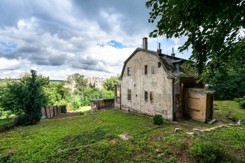 Prodej rodinného domu 150 m2 pozemek 2001 m2
